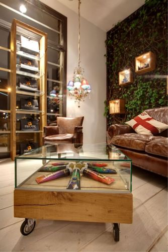 Italian Furniture for optical stores